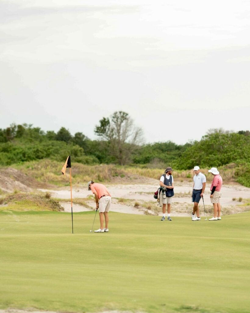 What's your 2021 Golf Resolution? Ours, hit the links more often! . . . #golf #golfcourse #florida #club #course #golfclub #golfer #flgolfer #golfcart #instagolf #instacourse #instacourses #streamsong #streamsongresort #streamsongblack #streamsongred #streamsongblue