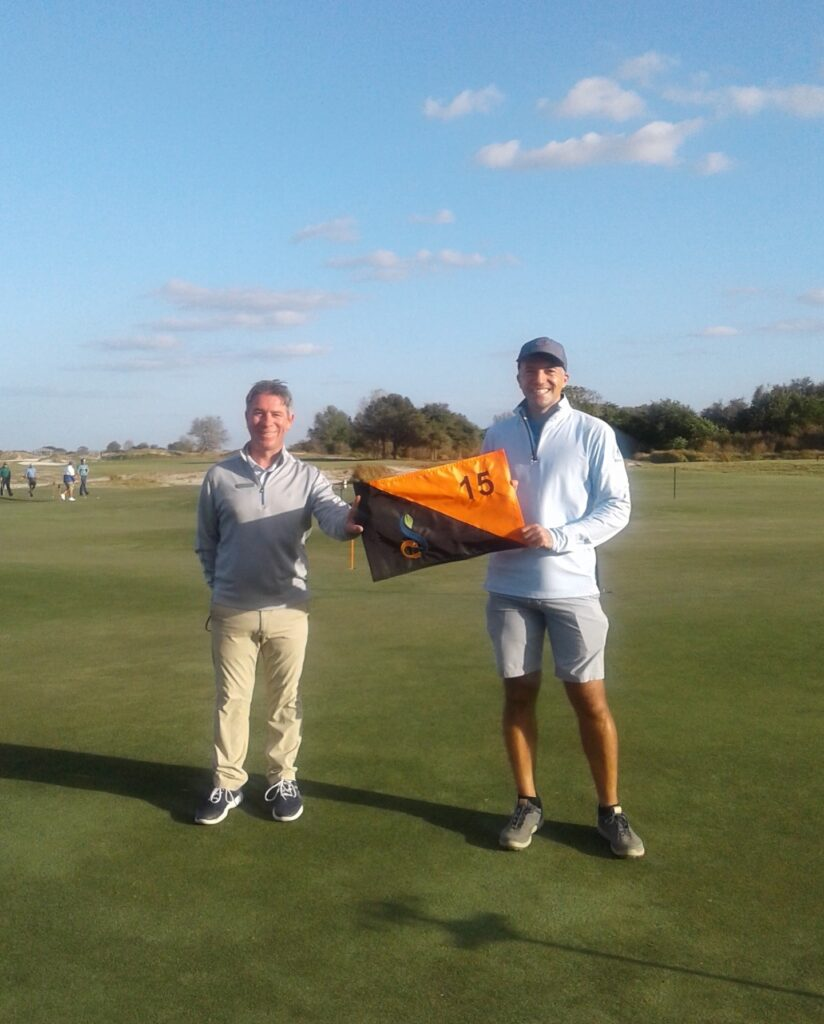 Congratulations to Jeremy Hutcher on his Hole in One shot on Streamsong Black #15! Jeremy hit it from 130 yards out with a gap wedge. ⛳️ . . . #golf #golfcourse #florida #club #course #golfclub #golfer #flgolfer #golfcart #instagolf #instacourse #instacourses #streamsong #streamsongresort #streamsongblack #streamsongred #streamsongblue