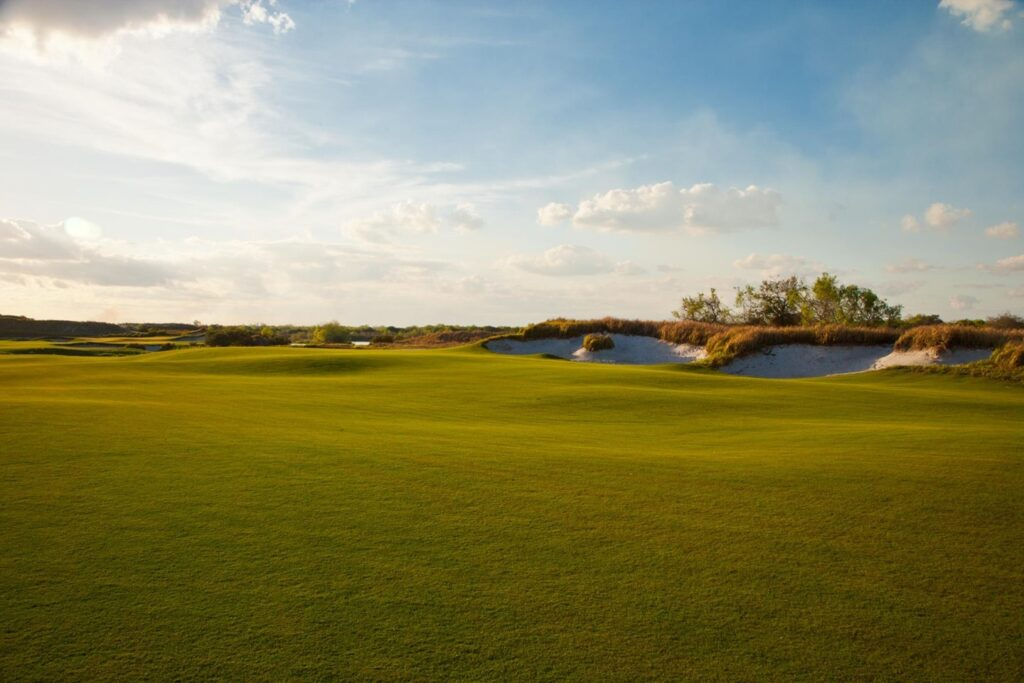 Streamsong Red, Streamsong Black and Streamsong Blue featured as No. 15, No. 18, and No. 21  in @Golfweek's Best Resort Courses in the U.S. for 2021. . . . #golf #golfcourse #florida #club #course #golfclub #golfer #flgolfer #golfcart #instagolf #instacourse #instacourses #streamsong #streamsongresort #streamsongblack #streamsongred #streamsongblue